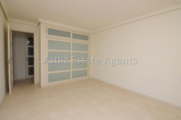 3 Bed  Flat / Apartment for Sale, Puerto De Santiago, Santiago Del Teide, Tenerife - AZ-1053 10