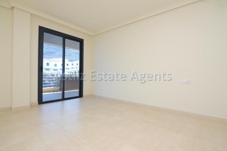 3 Bed  Flat / Apartment for Sale, Puerto De Santiago, Santiago Del Teide, Tenerife - AZ-1053 11