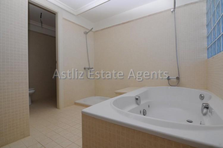 3 Bed  Flat / Apartment for Sale, Puerto De Santiago, Santiago Del Teide, Tenerife - AZ-1053 13