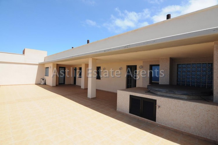 3 Bed  Flat / Apartment for Sale, Puerto De Santiago, Santiago Del Teide, Tenerife - AZ-1053 19