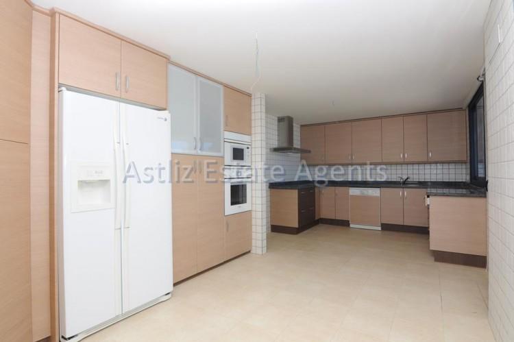 3 Bed  Flat / Apartment for Sale, Puerto De Santiago, Santiago Del Teide, Tenerife - AZ-1053 20