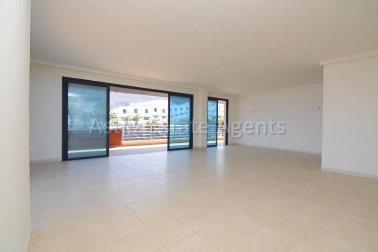 3 Bed  Flat / Apartment for Sale, Puerto De Santiago, Santiago Del Teide, Tenerife - AZ-1053 7