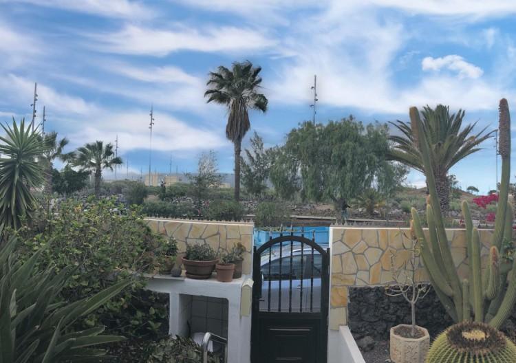 2 Bed  Villa/House for Sale, Arona, Santa Cruz de Tenerife, Tenerife - IN-309 1