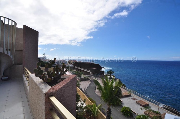 2 Bed  Flat / Apartment for Sale, El Varadero, Guia De Isora, Tenerife - AZ-1056 17