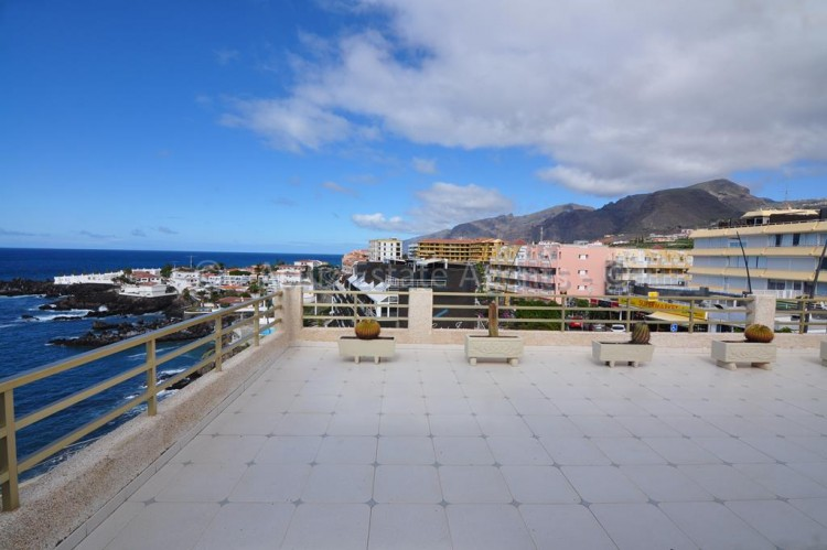 2 Bed  Flat / Apartment for Sale, El Varadero, Guia De Isora, Tenerife - AZ-1056 4
