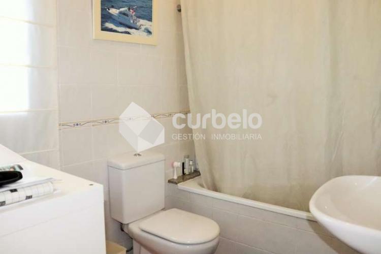 2 Bed  Villa/House for Sale, Puerto Calero, Yaiza, Lanzarote - CU-214493 17