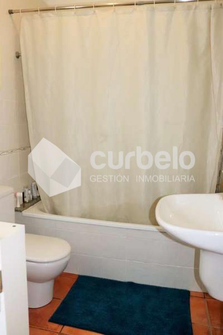 2 Bed  Villa/House for Sale, Puerto Calero, Yaiza, Lanzarote - CU-214493 18