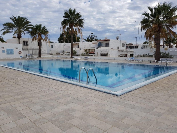 1 Bed  Villa/House for Sale, Costa Del Silencio, Tenerife - PG-B1725 1