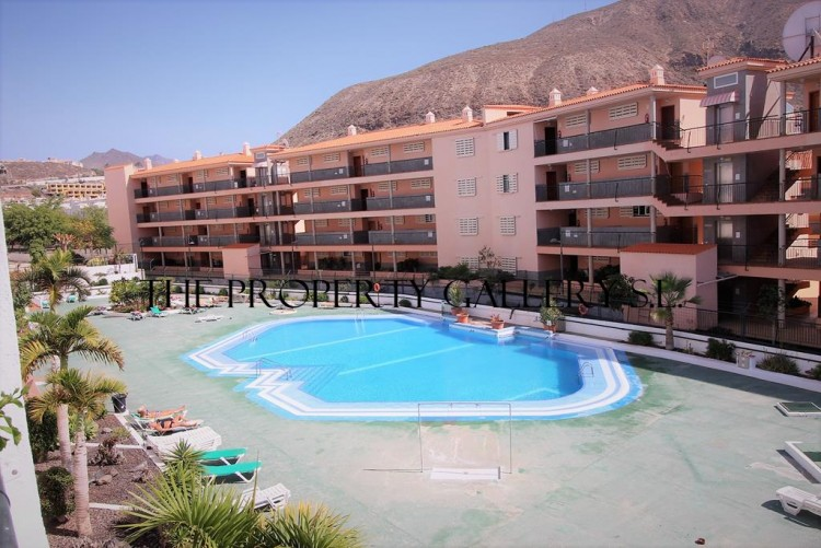 2 Bed  Flat / Apartment for Sale, Los Cristianos, Tenerife - PG-AAEP1301 1