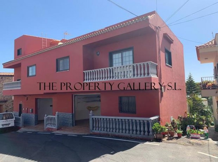4 Bed  Villa/House for Sale, Arona, Tenerife - PG-D1793 5