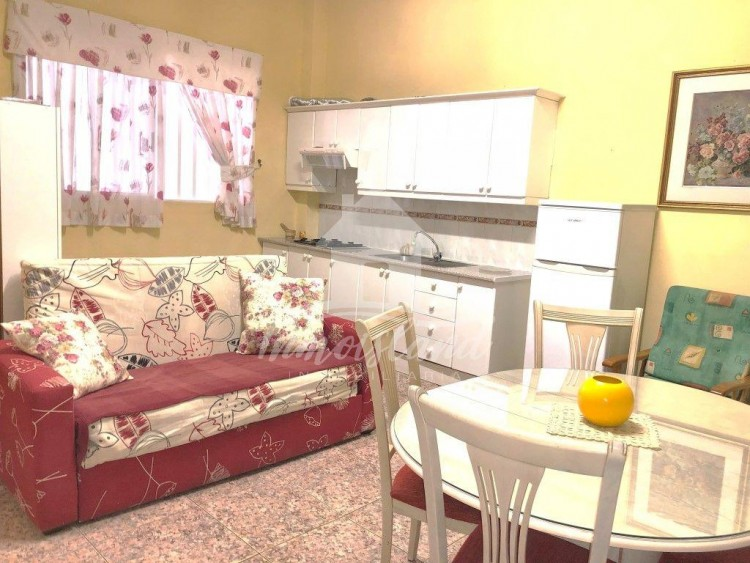 2 Bed  Flat / Apartment to Rent, Arona, Santa Cruz de Tenerife, Tenerife - IN-313 1