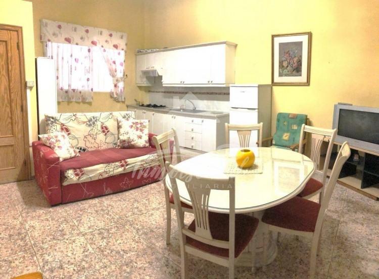 2 Bed  Flat / Apartment to Rent, Arona, Santa Cruz de Tenerife, Tenerife - IN-313 2