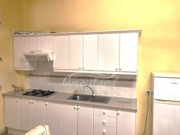 2 Bed  Flat / Apartment to Rent, Arona, Santa Cruz de Tenerife, Tenerife - IN-313 4
