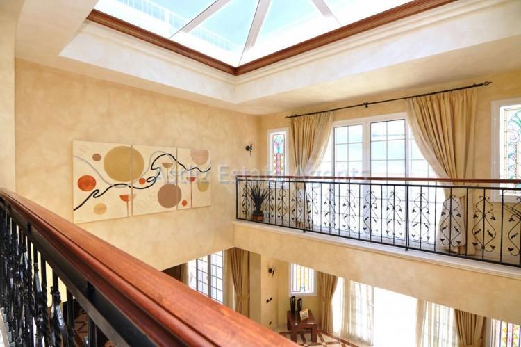 6 Bed  Villa/House for Sale, Costa Adeje, Adeje, Tenerife - AZ-1346 15