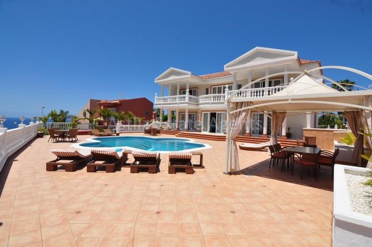 6 Bed  Villa/House for Sale, Costa Adeje, Adeje, Tenerife - AZ-1346 19