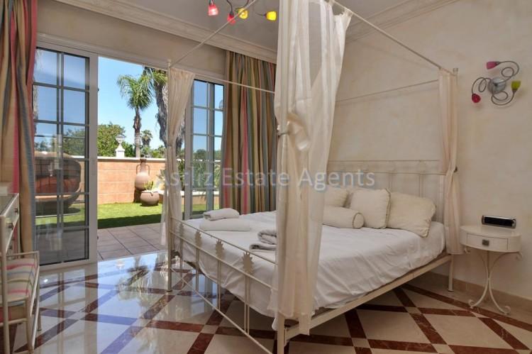 6 Bed  Villa/House for Sale, Costa Adeje, Adeje, Tenerife - AZ-1346 4