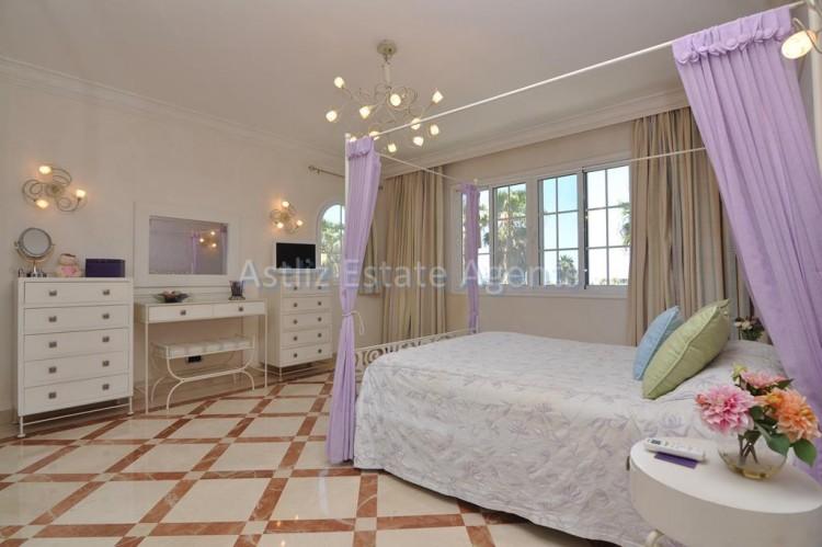 6 Bed  Villa/House for Sale, Costa Adeje, Adeje, Tenerife - AZ-1346 6