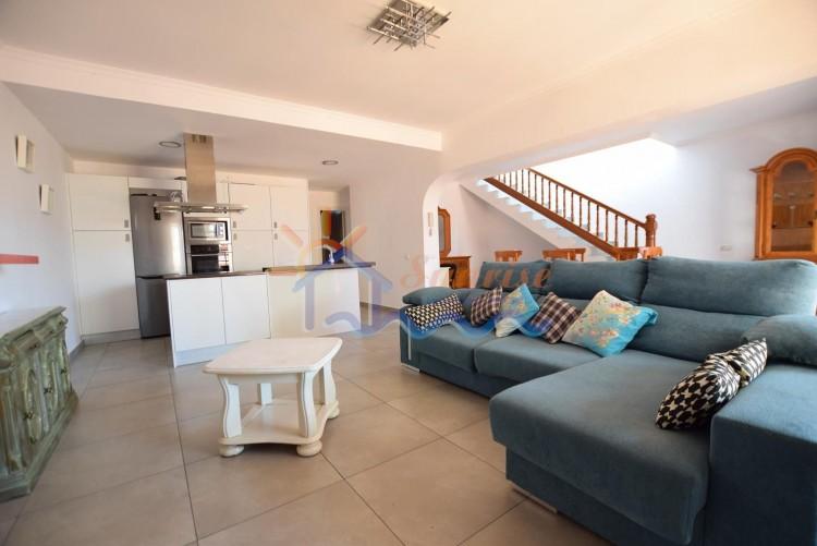 4 Bed  Villa/House to Rent, SAN BARTOLOME DE TIRAJANA, Las Palmas, Gran Canaria - MA-C-455 4