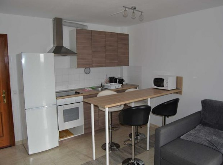 1 Bed  Flat / Apartment for Sale, Adeje, Tenerife - PG-B1727 3