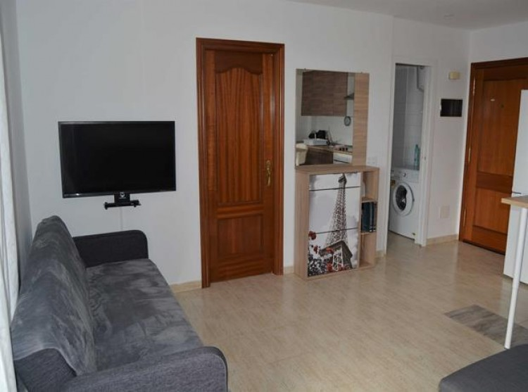 1 Bed  Flat / Apartment for Sale, Adeje, Tenerife - PG-B1727 5