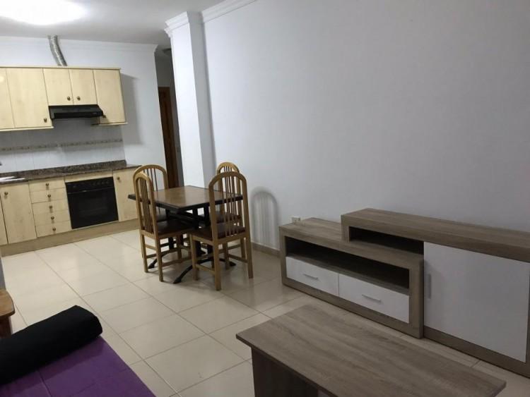1 Bed  Flat / Apartment to Rent, Arguineguín, Las Palmas, Gran Canaria - GC-15517 2