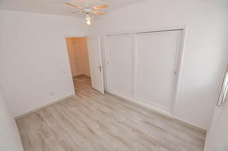 1 Bed  Flat / Apartment for Sale, Santiago Del Teide, Santa Cruz de Tenerife, Tenerife - YL-PW103 2