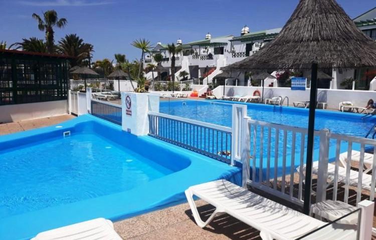 1 Bed  Flat / Apartment for Sale, Puerto Del Carmen, Lanzarote - LA-LA870s 2