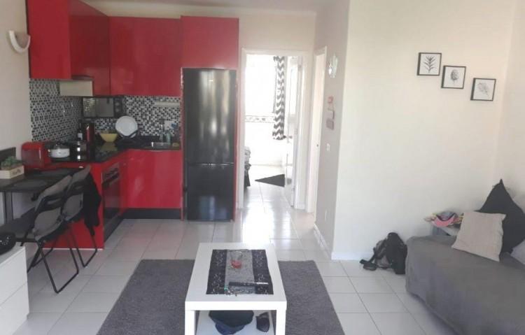 1 Bed  Flat / Apartment for Sale, Puerto Del Carmen, Lanzarote - LA-LA870s 4