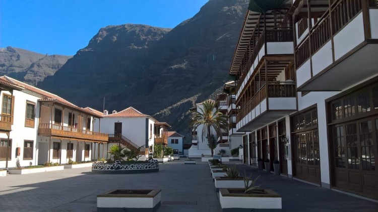 2 Bed  Flat / Apartment for Sale, Acantilado De Los Gigantes, Tenerife - PG-C1866 1