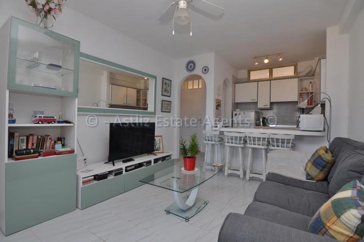 1 Bed  Flat / Apartment for Sale, El Varadero, Guia De Isora, Tenerife - AZ-1350 12