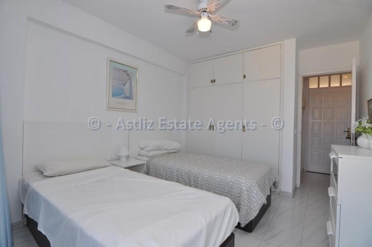 1 Bed  Flat / Apartment for Sale, El Varadero, Guia De Isora, Tenerife - AZ-1350 5