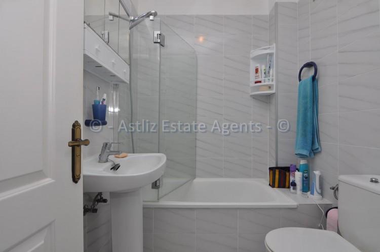 1 Bed  Flat / Apartment for Sale, El Varadero, Guia De Isora, Tenerife - AZ-1350 7