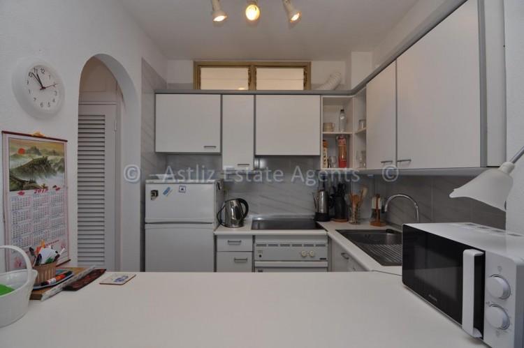 1 Bed  Flat / Apartment for Sale, El Varadero, Guia De Isora, Tenerife - AZ-1350 8