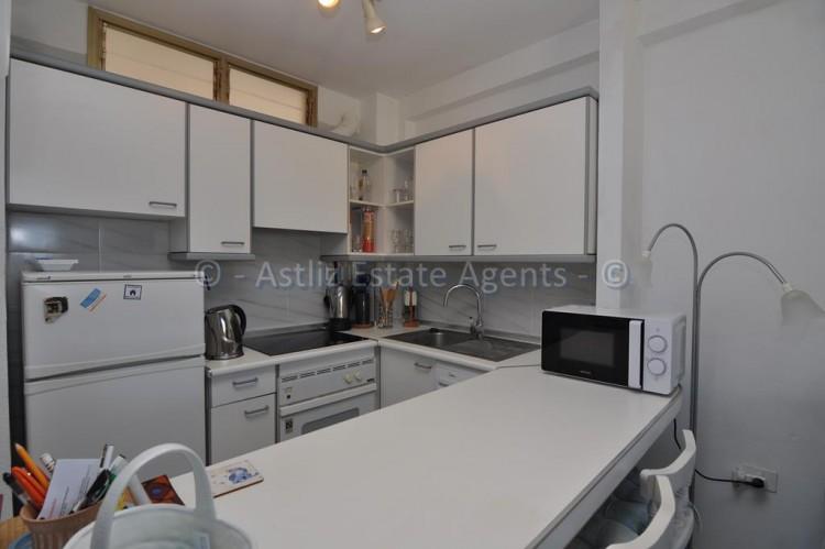 1 Bed  Flat / Apartment for Sale, El Varadero, Guia De Isora, Tenerife - AZ-1350 9