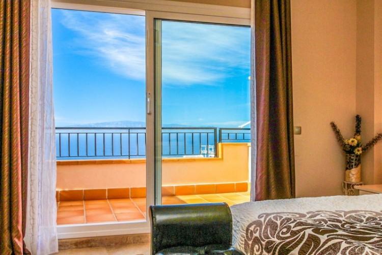 2 Bed  Villa/House for Sale, Puerto de Santiago, Tenerife - YL-PW104 10