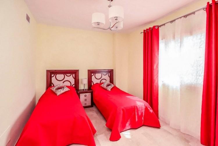 2 Bed  Villa/House for Sale, Puerto de Santiago, Tenerife - YL-PW104 11