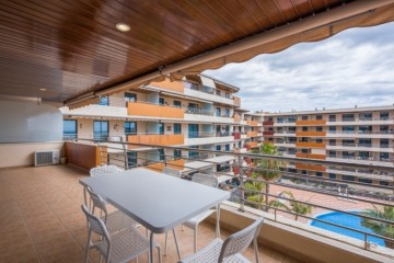2 Bed  Flat / Apartment for Sale, Acantilado De Los Gigantes, Tenerife - PG-C1873