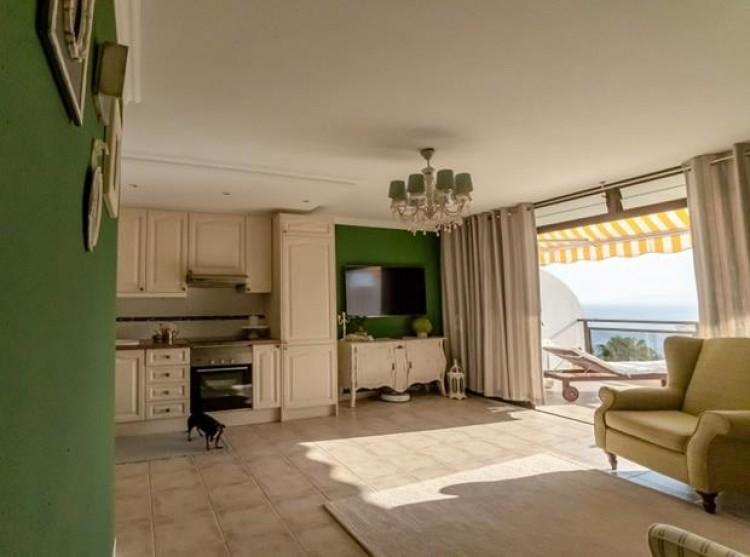 2 Bed  Flat / Apartment for Sale, Acantilado De Los Gigantes, Tenerife - PG-C1874 2