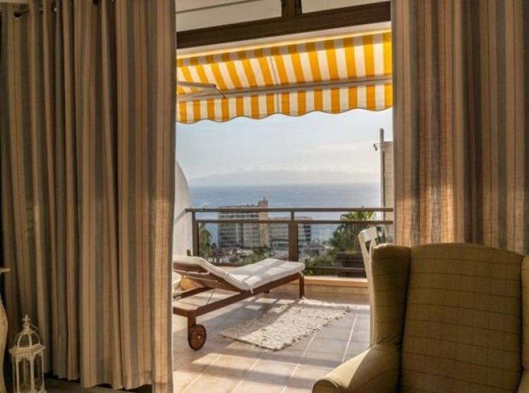 2 Bed  Flat / Apartment for Sale, Acantilado De Los Gigantes, Tenerife - PG-C1874 5