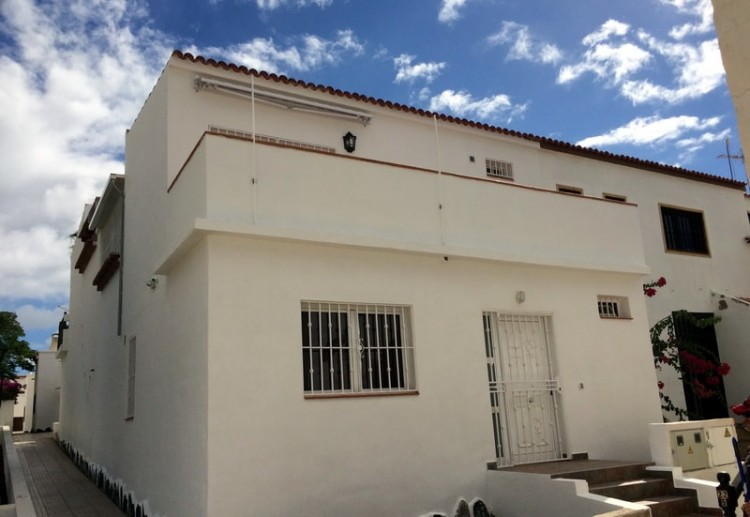 2 Bed  Flat / Apartment for Sale, Costa Del Silencio, Tenerife - PG-C1872 1