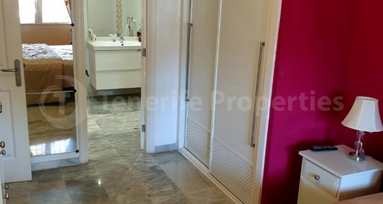 2 Bed  Flat / Apartment for Sale, Los Cristianos, Tenerife - TP-10958 13