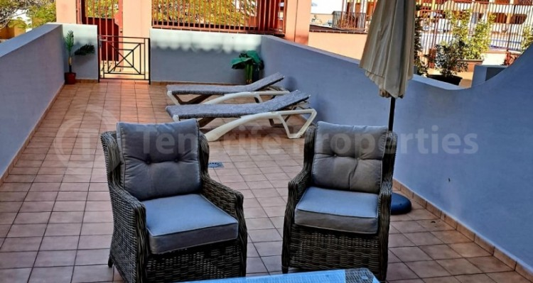 2 Bed  Flat / Apartment for Sale, Los Cristianos, Tenerife - TP-10958 2