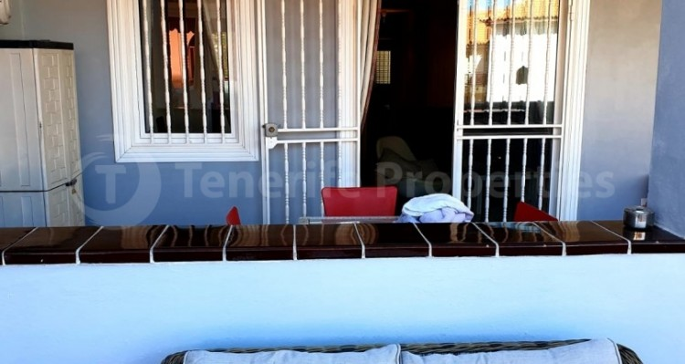 2 Bed  Flat / Apartment for Sale, Los Cristianos, Tenerife - TP-10958 4