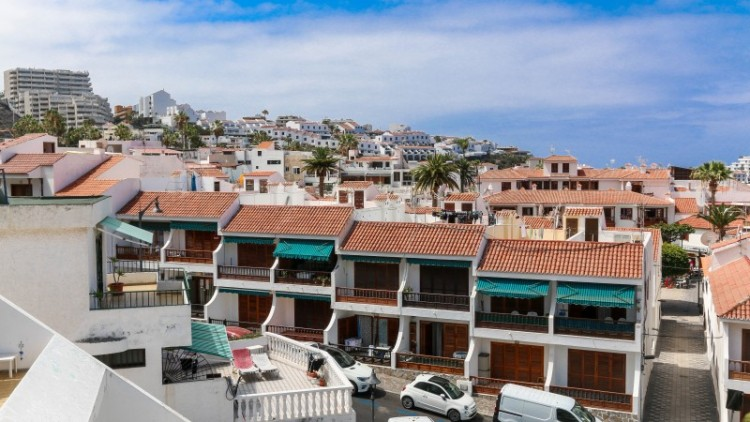 3 Bed  Flat / Apartment for Sale, Los Gigantes, Tenerife - YL-PW105 2