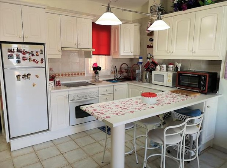 2 Bed  Flat / Apartment for Sale, Chayofa, Tenerife - PG-C1875 2