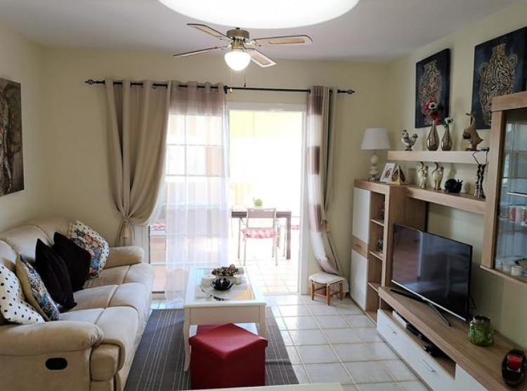 2 Bed  Flat / Apartment for Sale, Chayofa, Tenerife - PG-C1875 3