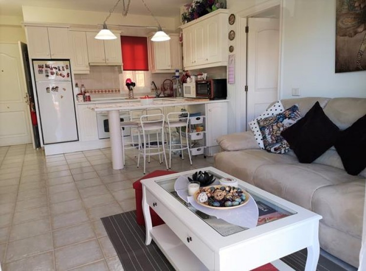 2 Bed  Flat / Apartment for Sale, Chayofa, Tenerife - PG-C1875 7