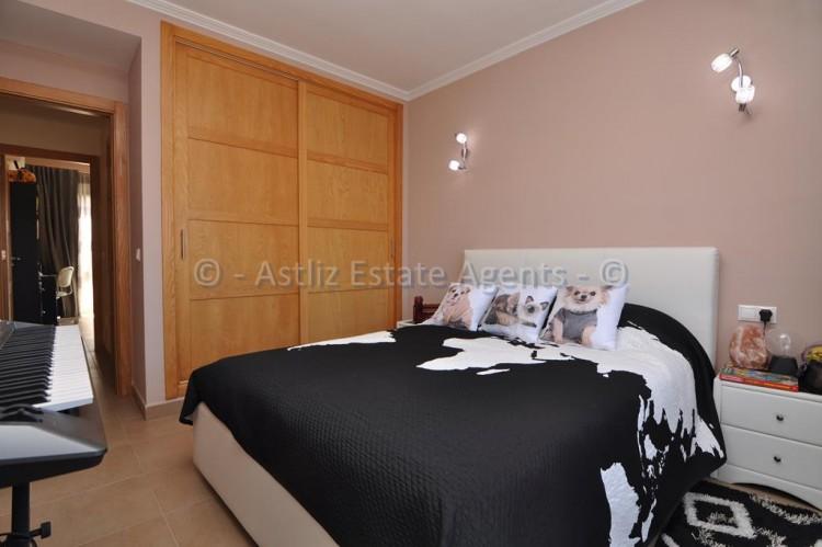 3 Bed  Villa/House for Sale, Puerto De Santiago, Santiago Del Teide, Tenerife - AZ-1352 10