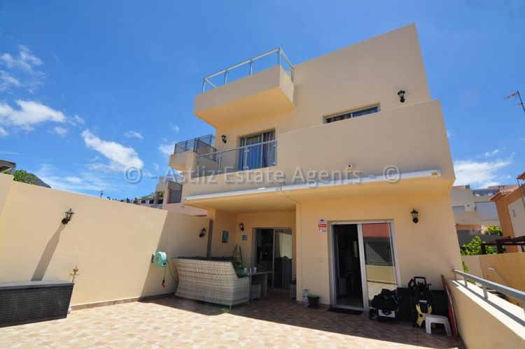 3 Bed  Villa/House for Sale, Puerto De Santiago, Santiago Del Teide, Tenerife - AZ-1352 8