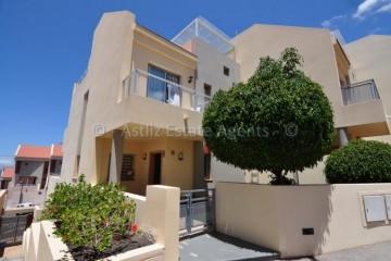 3 Bed  Villa/House for Sale, Puerto De Santiago, Santiago Del Teide, Tenerife - AZ-1352